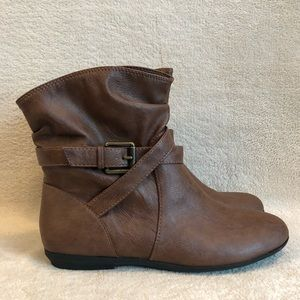 American Eagle Brown Women's Boots, Size 8